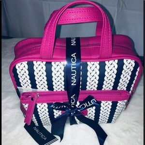 •NWT•  Nautica Make Up Bag With Accessory Pouch